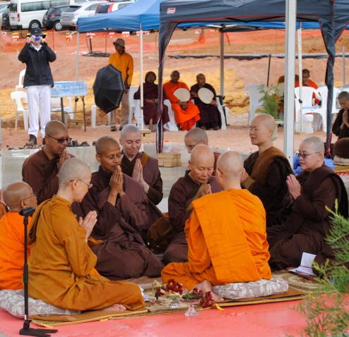Bhikkhuni ordination at Dhammasara, April 2014